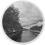 The Four Courts In Reconstruction 3 Bw Round Beach Towel