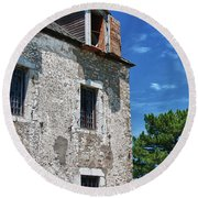 The French Castle 6947 Round Beach Towel