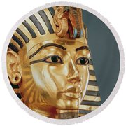 The Funerary Mask Of Tutankhamun Round Beach Towel