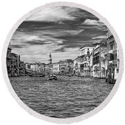 The Grand Canal Bw Round Beach Towel