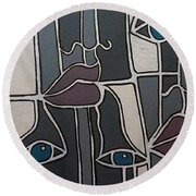 The Gray Faces Round Beach Towel