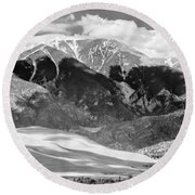 The Great Sand Dune Valley Bw Round Beach Towel