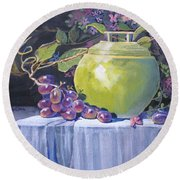 The Green Pot And Grapes Round Beach Towel