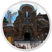 The Grotto Of Redemption In Iowa Round Beach Towel