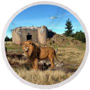 The Guard Of The Ruins 22 Round Beach Towel