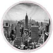 New York City Skyline Bw Round Beach Towel