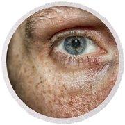 The Human Eye Round Beach Towel