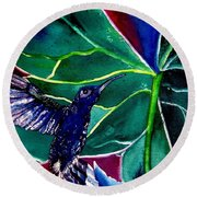 The Hummingbird And The Trillium Round Beach Towel