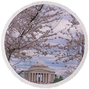 The Jefferson Memorial Attracts Large Crowds At The Cherry Blossom Festival Round Beach Towel