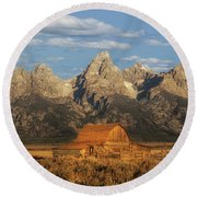The John Moulton Barn Round Beach Towel
