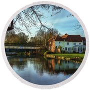 The Kennet And Avon Canal At Sulhamstead Round Beach Towel
