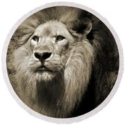 The King II Round Beach Towel