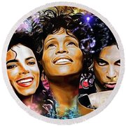 The King, The Queen And The Prince Round Beach Towel