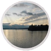 The Lake Of Two Rivers At Dawn Round Beach Towel