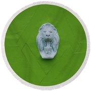 The Lion Round Beach Towel