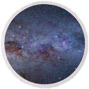 The Milky Way Through Carina And Crux Round Beach Towel