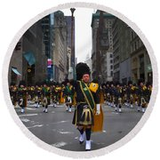 The New York City Police Emerald Society Pipe And Drum Corps Round Beach Towel