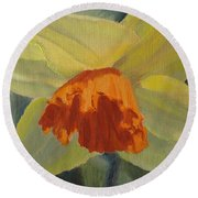 The Nodding Daffodil Round Beach Towel