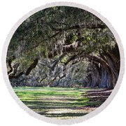 The Oaks At Boone Hall Round Beach Towel