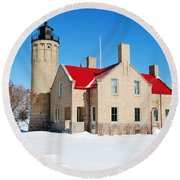The Old Mackinac Point Lighthouse Round Beach Towel