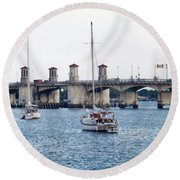 The Original Bridge Of Lions Round Beach Towel