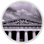The Parthenon In Nashville Tennessee Black And White Round Beach Towel