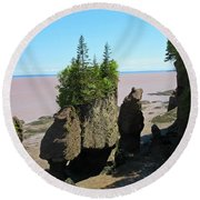 The Rocks At Hopewell Cape Round Beach Towel