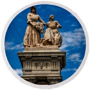 The Sculpture Agriculture Round Beach Towel