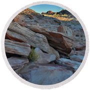 The Spotlight Fades At Valley Of Fire Round Beach Towel