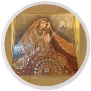 The Traditional Lady Round Beach Towel