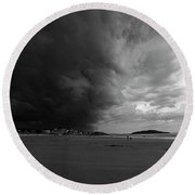 The Wall Of The Storm Good Harbor Beach Gloucester Ma Black And White Round Beach Towel