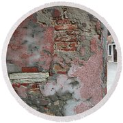 The Walls Of Venice Round Beach Towel