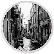 The Waterways Of Venice Round Beach Towel