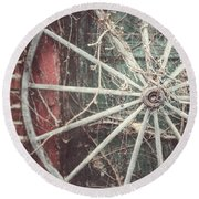 The Wheel And The Ivy Round Beach Towel