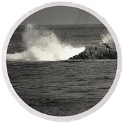 The Wild Pacific In Black And White Round Beach Towel