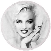 Theo's Marilyn 133 Bw Round Beach Towel