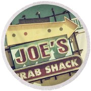 This Way To Joe's Crab Shack Round Beach Towel