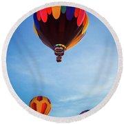 Three Balloons Round Beach Towel