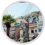 Three Birds Round Beach Towel