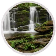 Three Falls Of Tremont Round Beach Towel