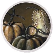 Three Gourds Round Beach Towel
