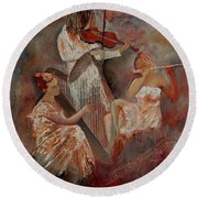 Three Musicians  Round Beach Towel