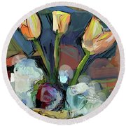 Three Tulips Round Beach Towel