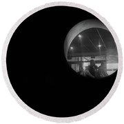 Through The Looking Hole Round Beach Towel