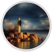 Tip Of The Island Round Beach Towel