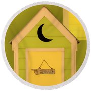 To The Beach - Decorative Outhouse And Sign Round Beach Towel