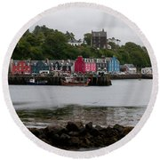 Tobermory Town Cityscape, Isle Of Mull Round Beach Towel