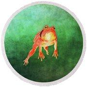 Tomato Frog Round Beach Towel