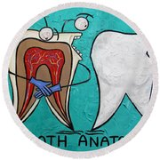 Tooth Anatomy Round Beach Towel