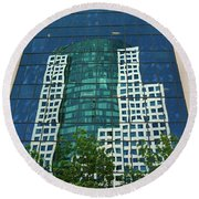 Toronto Metro Hall Reflected In The Cbc Building Round Beach Towel